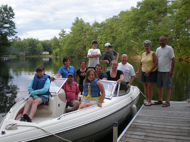 boat_serving